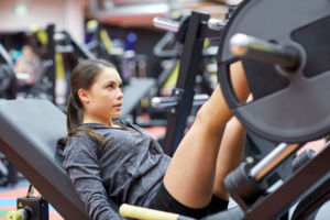 スポーツジムでやるべきトレーニング種目ベスト3