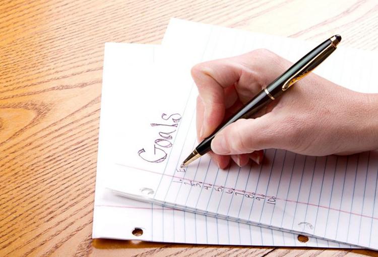 目標設定の理論や方法|ダイエットや仕事での目標設定の事例