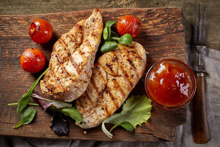 ダイエットの時にはタンパク質をたくさん摂ろう!タンパク質の重要性や摂り方について