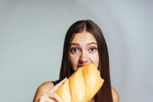 ダイエット中はパンは食べれないの?ダイエット中でも食べれるブランパンを紹介します!